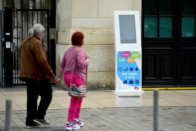 Le numérique au service des sans-abris de Bordeaux - Master Marketing